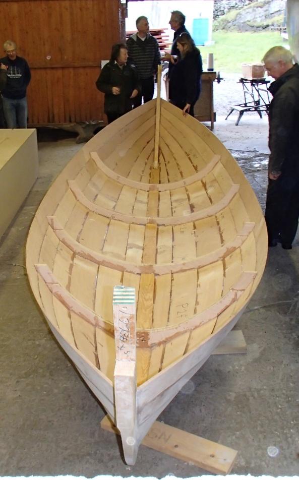 Now it looks like a boat!